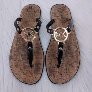 Michael Kors sandle flip flops size 8M